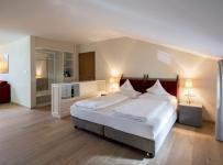 普拉爾斯堡Schloss Plars酒店九