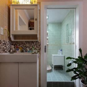 簡約現代住宅衛生間裝修
