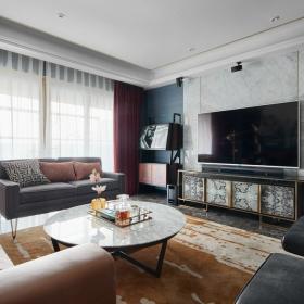 102平时尚混搭客厅设计