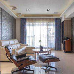 102平現代風格裝修客廳圖片