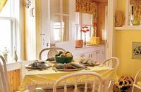 黄色调混搭二居室家居设计案例