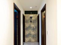 混搭三居走廊背景墻裝修設計