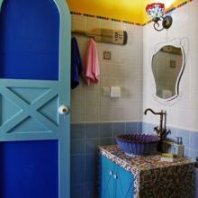 缤纷地中海风格两居室装修