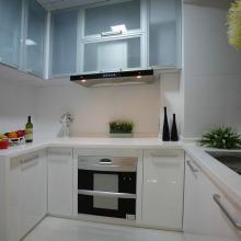 108平米现代实用三居室装修设计