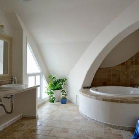 純美自然住宅衛生間浴缸效果圖
