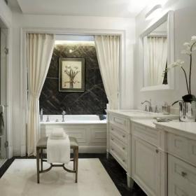 歐式衛生間浴柜圖片