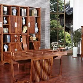 中式書房博古架裝修設計