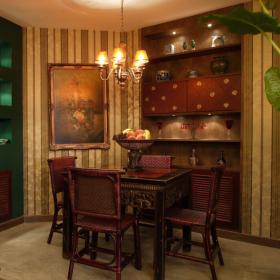 异国风情三居室复古餐厅效果图