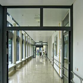 医院室内走廊设计