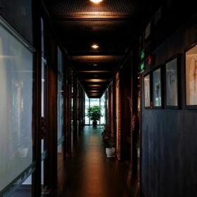 牙科會所走廊裝修設計