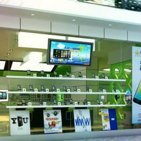 櫥窗 電信產品數碼店裝修效果圖