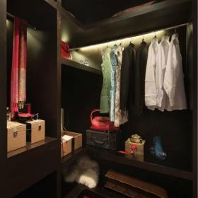 最新中式臥室衣柜圖片