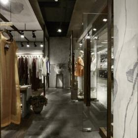服裝店裝修燈光圖片