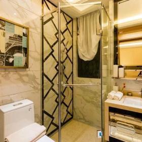 卫生间吊顶瓷砖装修风格