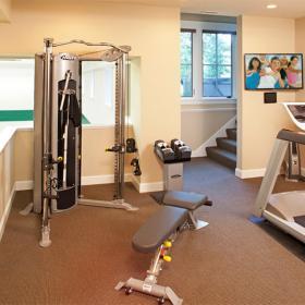 健身房設備健身房的布置效果圖