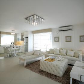 白色歐式簡約客廳設計