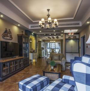 復古美式風格客廳吊頂設計