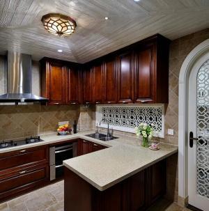 127平精致美式风格厨房整体橱柜设计