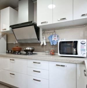 简约欧式设计厨房效果图