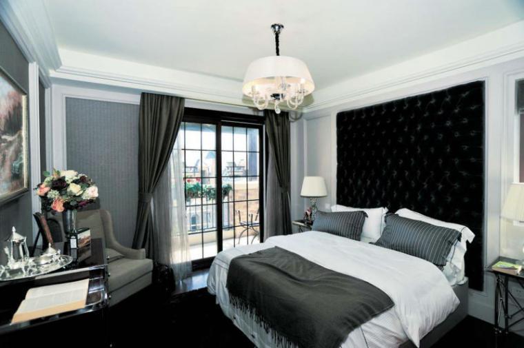 130平米欧式时尚卧室背景墙效果图