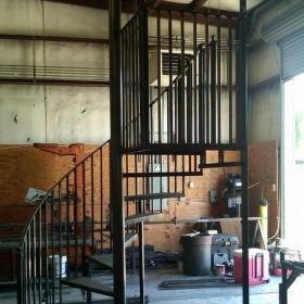 鐵藝旋轉樓梯裝修設計圖片效果圖大全