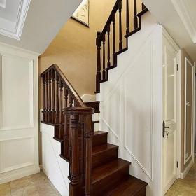 復式樓梯裝飾效果圖