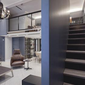 现代挑高别墅室内楼梯设计效果图片效果图