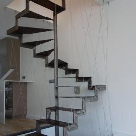 旋轉樓梯效果圖大全