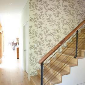 楼梯墙壁碎花壁纸装饰效果图
