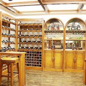 家庭10平米紅酒窖設計效果圖