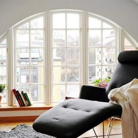 欧式风格复式富裕型客厅地台沙发图片