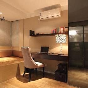 欧式风格公寓浪漫咖啡色豪华型书房地台书桌图片效果图
