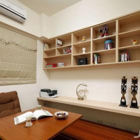 簡約風格二居室5-10萬70平米玄關地臺書架新房設計圖