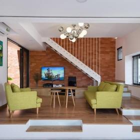 家装现代简约地台图片效果图大全