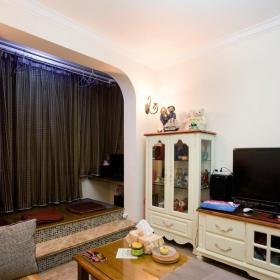 ID城市空间混搭风格小户型白色富裕型客厅地台沙发图片效果图