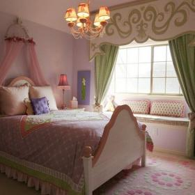 小卧室实木家具双人床灯具床榻榻米地台欧式风格卧室窗帘装修效果图欧式风格吊灯图片