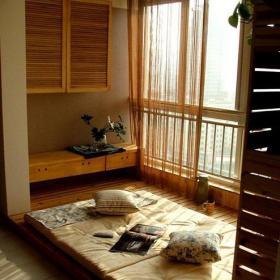 日式充分利用卧室的地台空间装修效果图