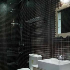 新古典風格別墅時尚主衛生間玻璃隔斷淋浴房瓷磚洗手盆鏡子室內裝修效果圖片