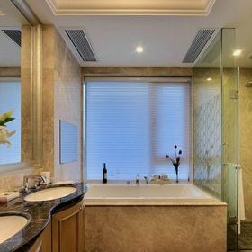 米色新古典卫生间四居室新古典风格低调奢华卫生间浴缸装修效果图