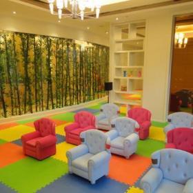 教室布置環境布置椅凳廁所門工裝現代風格幼兒園教室布置圖片效果圖大全