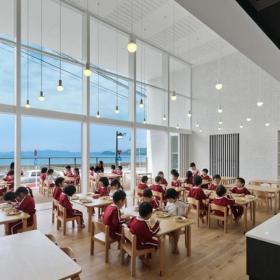 工装可以望见大海的幼儿园日本长崎幼儿园效果图