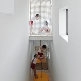 工装可以望见大海的幼儿园日本长崎幼儿园装修效果图