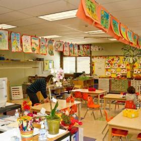 幼兒園課桌椅效果圖集