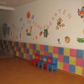 兒童書桌環境布置主題墻兒童書桌幼兒園環境布置簡約風格幼兒園主題墻裝修圖片裝修效果圖