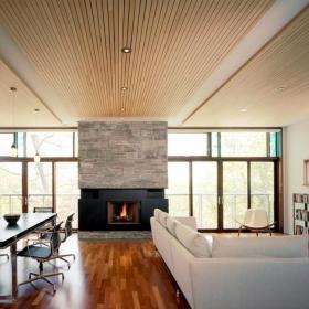 40平米客厅桑拿板吊顶效果图
