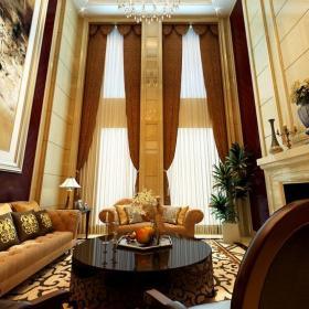 復式樓窗簾歐式風格復式客廳裝修效果圖