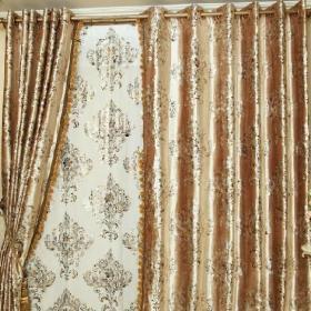 最新客厅窗帘装修效果图片效果图