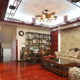 61-90平米90平米西式古典四居室客厅原木色博古架装修效果图
