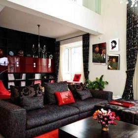 别墅挑高客厅沙发茶几图片效果图
