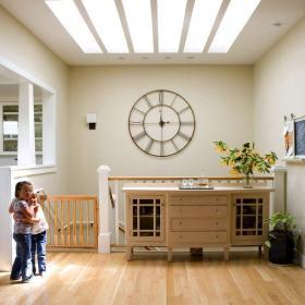 田園客廳三居室原木色田園風格大客廳背景墻設計效果圖